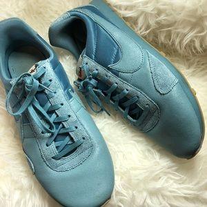 Size 10 Nike vintage pre Montreal racer prm